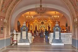 Інтер'єр нижнього храму Володимирського собору