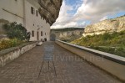 Бахчисарайский Успенский монастырь. Кельи в скале