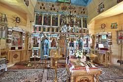 Всередині церкви св. Дмитрія