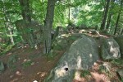 Камни Довбуша вблизи Подзахаричей