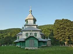 Виженка. Фасад церкви св. Миколая