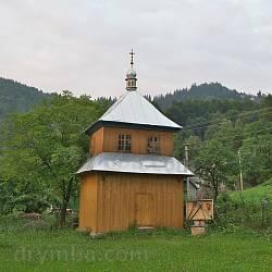 Дзвіниця церкви у Петрашах
