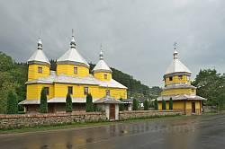 Комплекс Успенської церкви у Розтоках