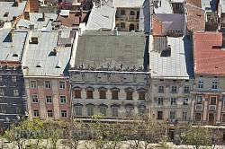 Львов, площадь Рынок. Каменица Лукашевичей, дворец Корнякта, каменица Шембека