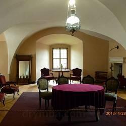 Закарпатський краєзнавчий музей (замок, м.Ужгород)