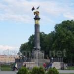 Пам'ятник Слави на Круглій площі у Полтаві