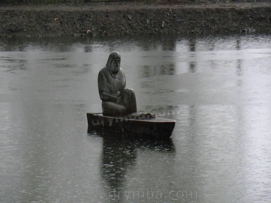 Скульптура на ставку