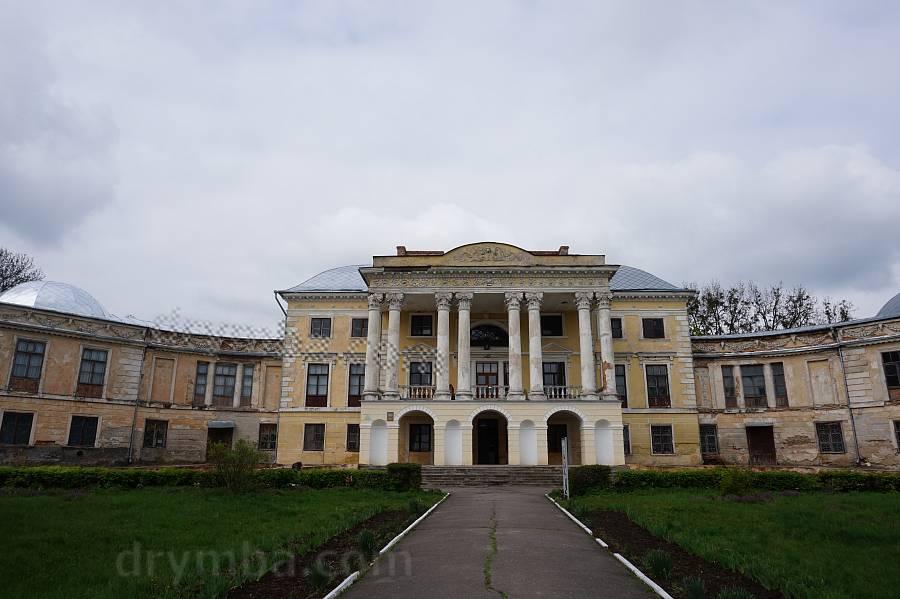 Дворец в Вороновице
