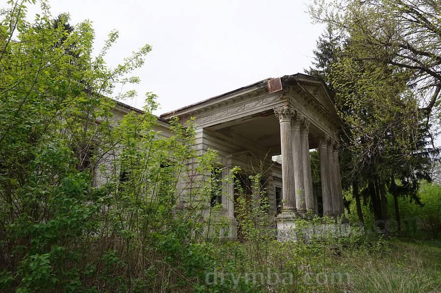 Рогачі. Палац Корницьких
