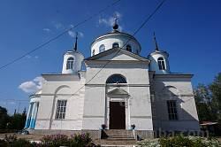 Бічний фасад Покровської церкви