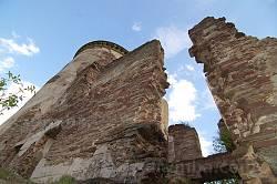 Стіни палацу