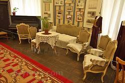 Інтер'єр колишнього будинку декабристів у Тульчині