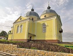 Петропавлівська церква у Поморянах