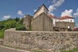 """Замок """"Паланок"""". Укріплення Нижнього і Середнього замку"""