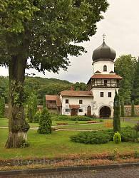 Надбрамна вежа Крехівського монастиря