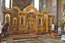 Церква св.Серця Христового у Жовкві. Сучасний іконостас