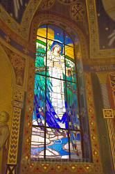 Церква св.Серця Христового у Жовкві. Вітраж
