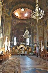 Жовква. Інтер'єр церкви монастиря Василіян