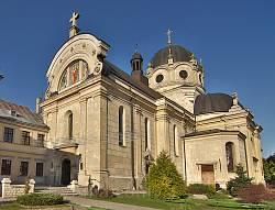 Жовква. Церква монастиря Василіян