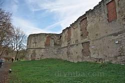 Північний мур Бережанського замку