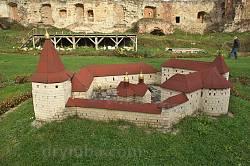 Бережани. Макет замку Сенявських після реставрації (проект)