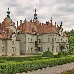 Мисливський замок-палац графів Шенборнів (с.Карпати, Закарпатська обл.)