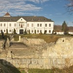 Унівський монастир фортеця. Фундаменти старої оборонної башти