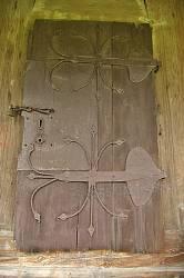 Потелич. Двері дзвіниці церкви Святої Трійці