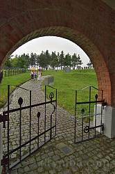 Німецький цвинтар другої світової у Потеличі