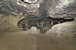Підземний храм у Страдчі