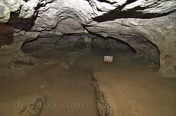 Страдецька печера та печерний храм Матері Божої Нерушимої Стіни