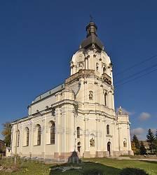 Костел Пресвятої Трійці у Микулинцях