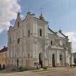 Дрогобич. Церква Пресвятої Трійці (колишній костел кармелітів)