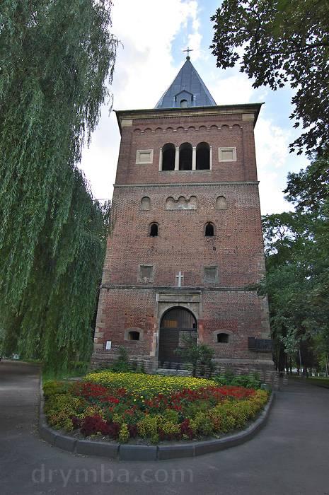Жовкві вежа-дзвіниця в фото брама и глинська
