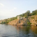 Беседка на берегу острова Хортица