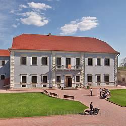 5 замків-музеїв України (... які неодмінно слід відвідати у 2015 році)