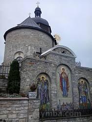 Кам'янець-Подільський. Церква Пресвятої Трійці монастиря василіян
