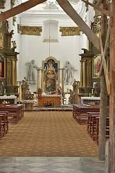 Інтер'єр бернардинського костелу у Збаражі