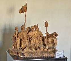 Дерев'яна скульптура