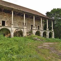 Поморянский замок-дворец (п.г.т. Поморяны, Львовская обл.)