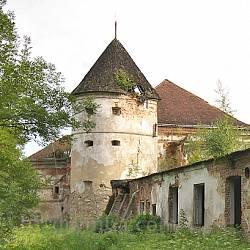 Оборонна вежа Поморянського замку