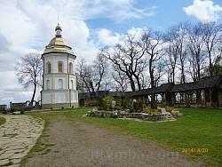 Дзвіниця Гошівського василіянського монастиря