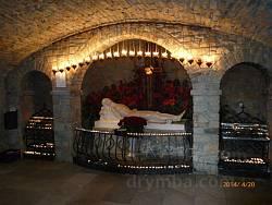 Монастир у Гошеві. Інтер'єр підземної каплиці
