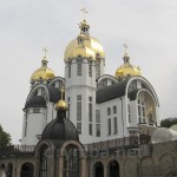 Зарваницький Марійський духовний центр (с.Зарваниця, Тернопільська обл.)