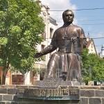 Мукачеве. Пам'ятник Олександру Духновичу
