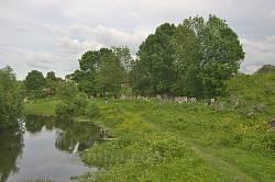 Тропа вдоль реки Солотвинка