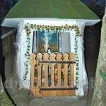 Буськ. Каплиці св.Онуфрія у стовбурі вікового дуба