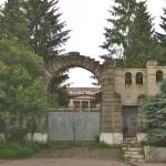 Буск. Ворота дворца графа Казимира Бадени