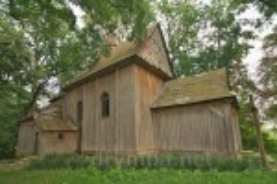 Костел Благовіщення у селі Тадані