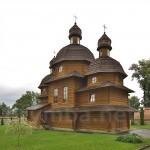 Крехівський монастир. Церква Покрови Богородиці